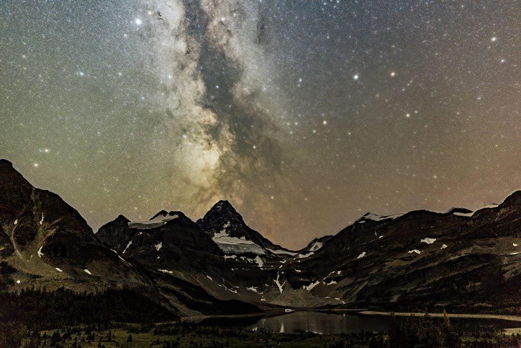 Milky way above mount Assiniboine